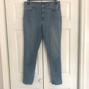 Levis plus size high rise skinny blue jeans